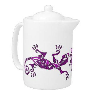 紫色のトカゲの入れ墨かhenna