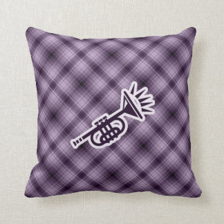 紫色のトランペット クッション