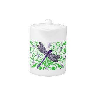 紫色のトンボのティーポット