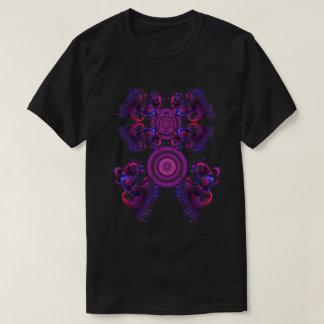 紫色のドラゴンのティー Tシャツ