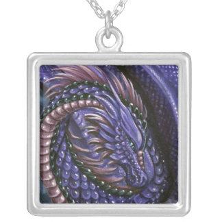 紫色のドラゴンの正方形のネックレス シルバープレートネックレス