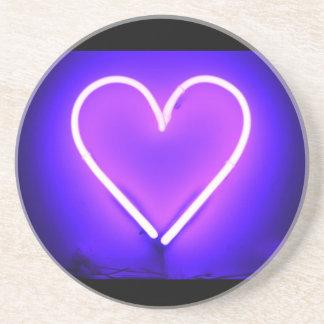 紫色のネオンハートのコースター コースター