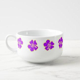 紫色のハイビスカスによっては熱帯ハワイのルアウ(ハワイ式宴会)が開花します スープマグ