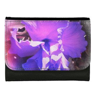 紫色のハイビスカス