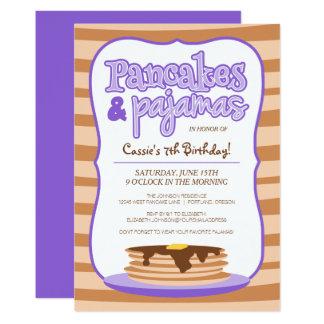 紫色のパンケーキおよびパジャマの誕生日の招待状 カード