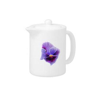 紫色のパンジーのティーポット