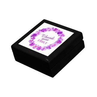 紫色のパンジーのリースの芸術のギフト用の箱ありがとう ギフトボックス