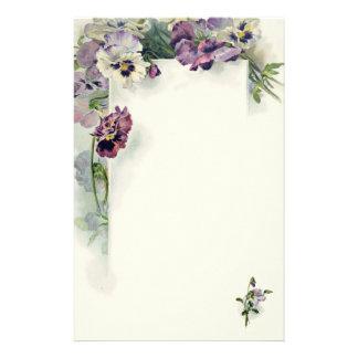 紫色のパンジーのヴィンテージの文房具 便箋