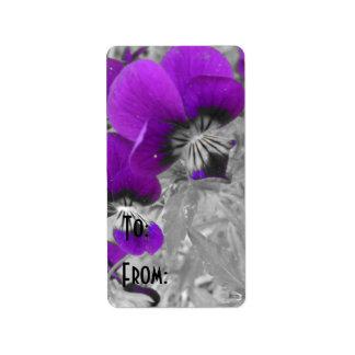 紫色のパンジーの効果 ラベル