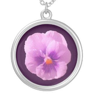 紫色のパンジー シルバープレートネックレス
