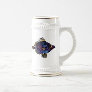 紫色のファンタジーの円盤投げ ビールジョッキ