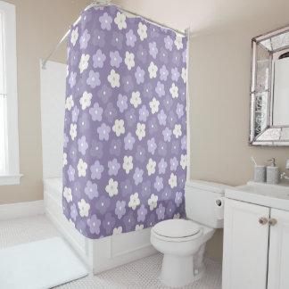 紫色のフラワーパワーのシャワー・カーテン シャワーカーテン