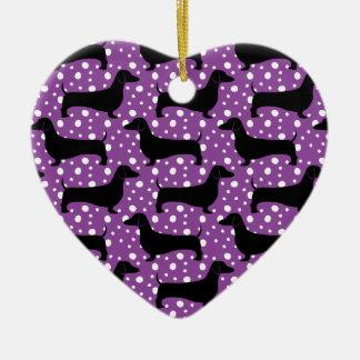 紫色のポルカのダックスフント セラミックオーナメント