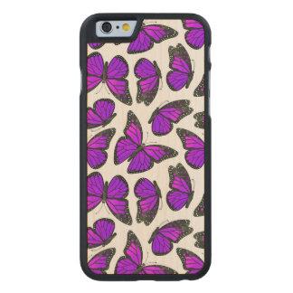 紫色のマダラチョウパターン ケース