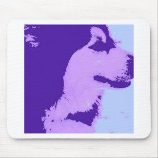紫色のマラミュートのポップアート マウスパッド