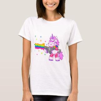 紫色のユニコーン-銃 Tシャツ