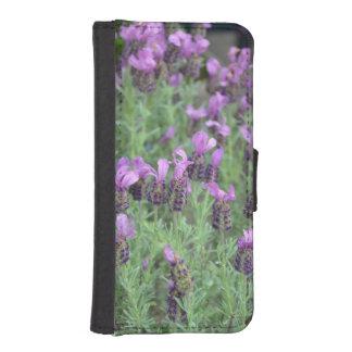 紫色のラベンダーによってはiphoneのウォレットケースが開花します iPhoneSE/5/5sウォレットケース