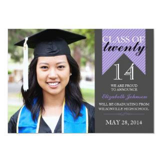 紫色のリボンのクラスの2014年の卒業の発表 12.7 X 17.8 インビテーションカード