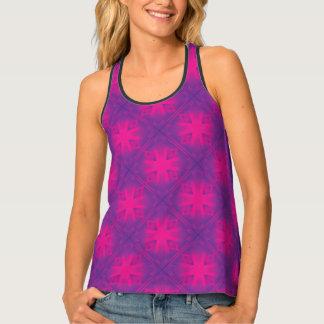 紫色の三角形パターン タンクトップ