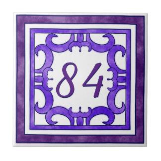 紫色の大きい屋家番号 タイル
