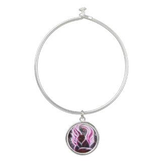 紫色の妖精猫のチャームブレスレット バングルブレスレット