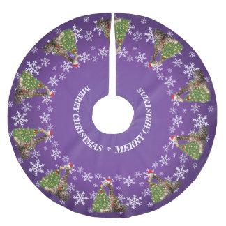紫色の愛らしく風変わりなクリスマスのキリン ブラッシュドポリエステルツリースカート