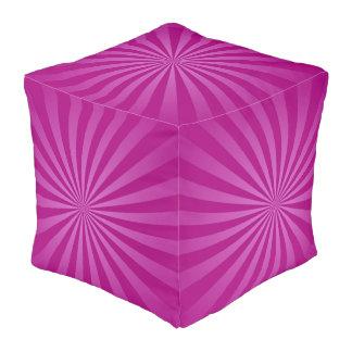 紫色の日曜日は背景を放射します プーフ