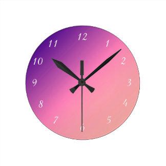 紫色の柱時計への杏子 ラウンド壁時計