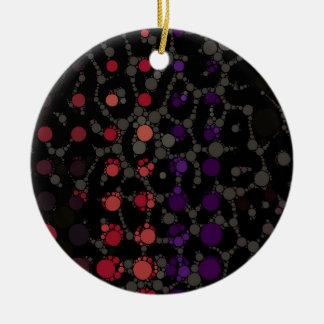 紫色の水玉模様のチータ セラミックオーナメント