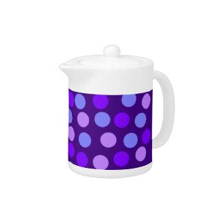 紫色の水玉模様の小さいティーポット