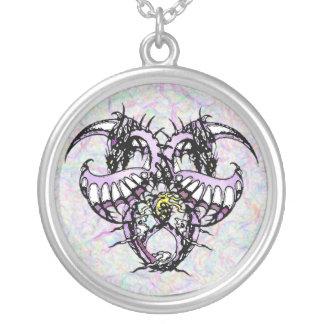 紫色の氷Dragonheart シルバープレートネックレス