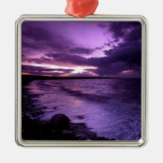 紫色の海の日没 メタルオーナメント