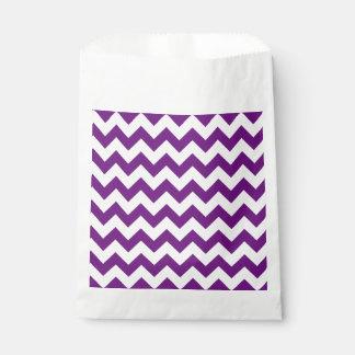 紫色の白いジグザグ形のストライプなシェブロンパターン フェイバーバッグ