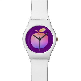 紫色の白くシンプルでミニマルで鮮やかなApple 腕時計