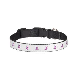 紫色の着席の微笑のイースターのウサギへのピンク ペット首輪
