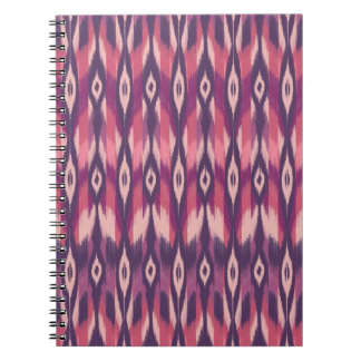 紫色の種族のイカット ノートブック