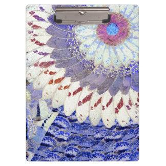 紫色の種族の蝶によってはアール・デコパターンが飛びます クリップボード