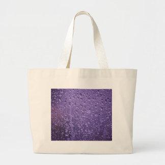 紫色の窓の雨滴 ラージトートバッグ