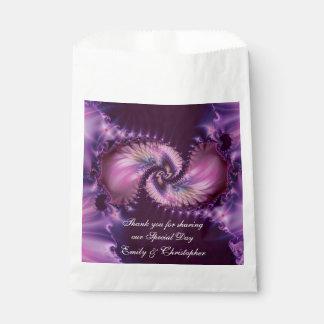 紫色の羽のフラクタルの結婚式 フェイバーバッグ