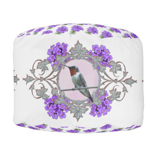 紫色の花およびハチドリ プーフ