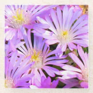 紫色の花が付いているコースターは閉まります ガラスコースター
