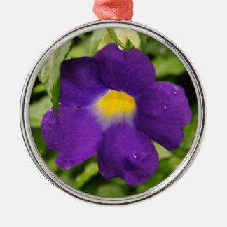 紫色の花のオーナメント メタルオーナメント