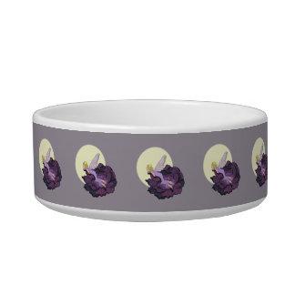 紫色の花の妖精の夕べの空を熟視する月 ボウル