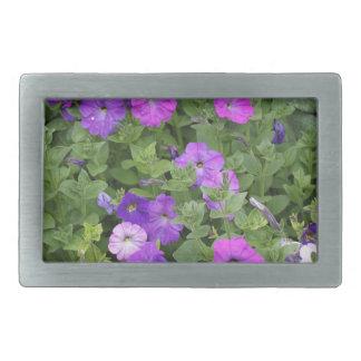 紫色の花の春の庭のテーマのペチュニアの花柄 長方形ベルトバックル