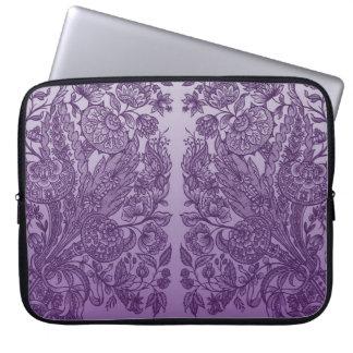 紫色の花模様カット ラップトップスリーブ
