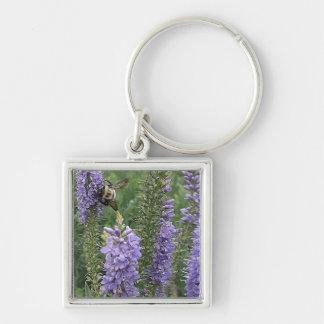 紫色の花2の蜂蜜の蜂 キーホルダー