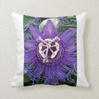 紫色の花-枕 クッション