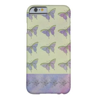 紫色の蝶ガーリーでかわいらしくスタイリッシュなおもしろい iPhone 6 ベアリーゼアケース