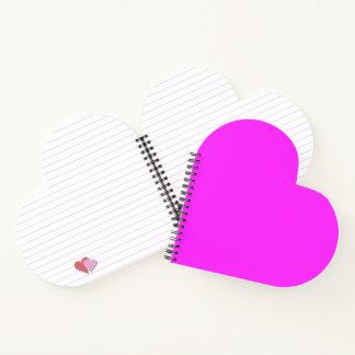 紫色の赤紫のハート形の螺旋綴じのノート ノートブック