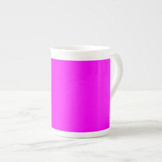 紫色の赤紫の骨灰磁器のマグ ボーンチャイナカップ
